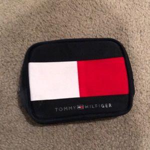 Vintage Tommy Hilfiger Wallet / Small Hand Bag